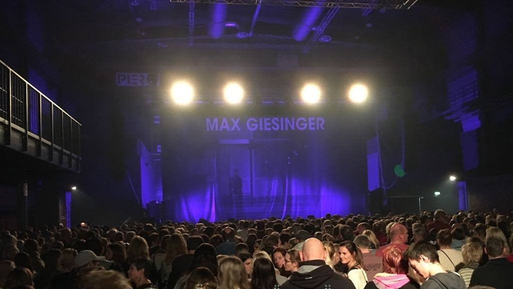 Max Giesinger im Pier2